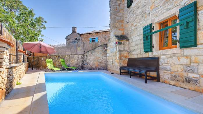 Beautiful stone house with swimming pool and terrace for 3 pax, 2