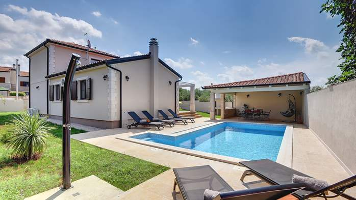 Romantic villa for 6 persons with private pool near Porec, 1