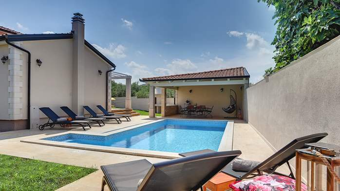 Romantic villa for 6 persons with private pool near Porec, 3