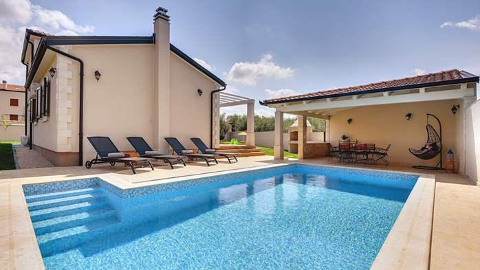 Romantic villa for 6 persons with private pool near Porec, 4
