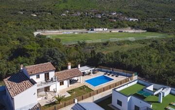 Beautiful villa with stunning sea views, pool, terrace, billiards