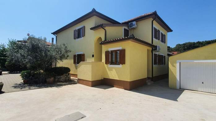 Private house in Pula offers comfortable accommodation, 19