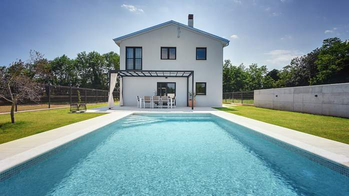 Sophisticated villa near Pula with private pool, 2