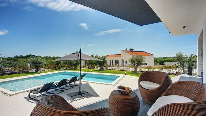 Spectacular villa with jacuzzi and private pool, 6