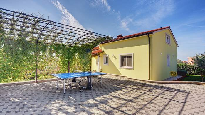 Beautiful villa in Pula for six persons, with private heated pool, 13