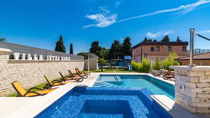 Beautiful villa with pool, playground, sauna and jacuzzi, 6