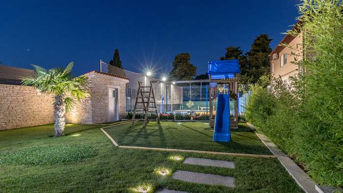 Beautiful villa with pool, playground, sauna and jacuzzi, 19