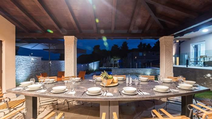 Beautiful villa with pool, playground, sauna and jacuzzi, 9