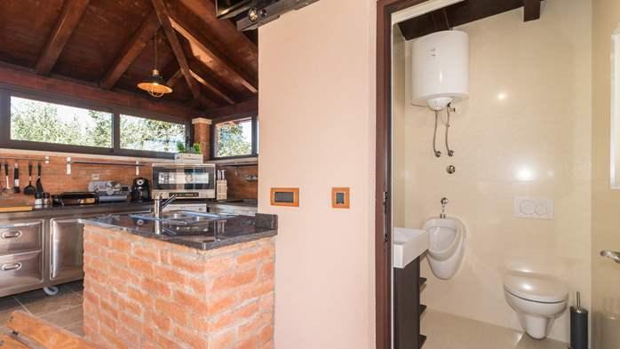 Beautiful villa with pool, playground, sauna and jacuzzi, 11