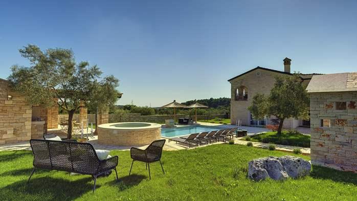 Stone villa near Rovinj, 2 swimming pools, 2 jacuzzis, 3 saunas, 26