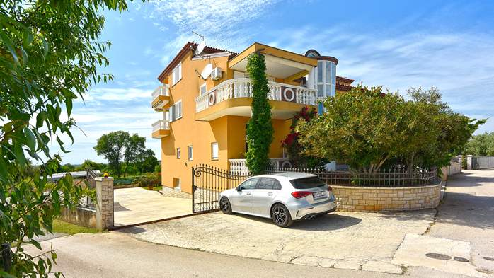 Apartments in Galizana with landscaped garden and children's play, 16