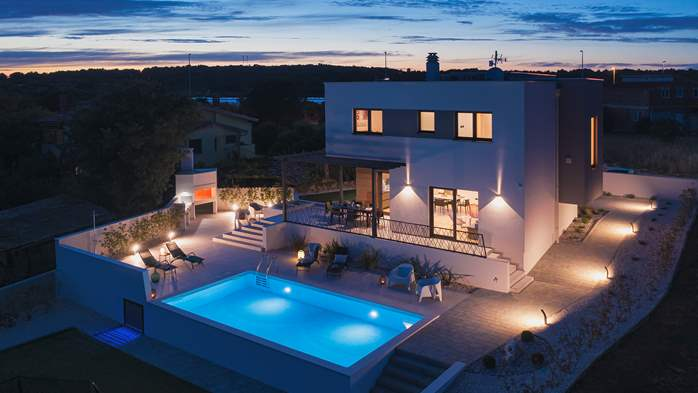 Modern villa in Pomer with private pool, for seven people, 1