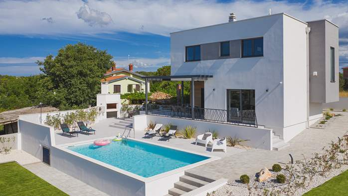 Modern villa in Pomer with private pool, for seven people, 2