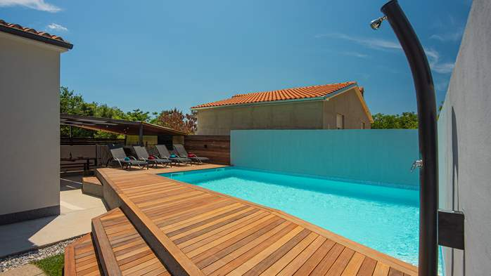 Beautifully decorated villa with private pool and large terrace, 8