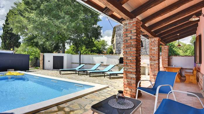 House with private pool for 6 persons, barbecue, WiFi, 3