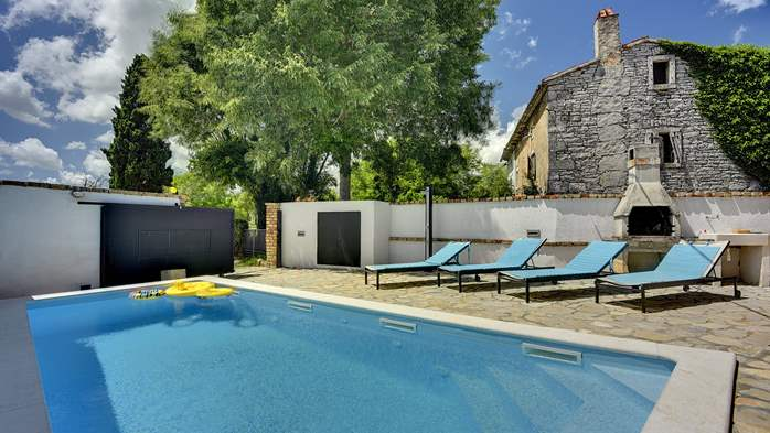 House with private pool for 6 persons, barbecue, WiFi, 6