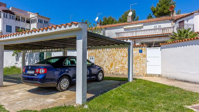 Terrace house in Barbariga with a beautiful apartment by the sea, 17