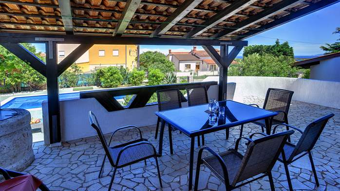 Villa in Ližnjan with private pool, sun terrace and fenced garden, 11