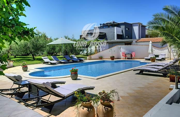 Buchen Sie Jetzt Apartments In Medulin Mit Einem Gemeinsamen Pool