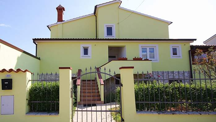 Nice house in Pomer offers accommodation in good apartment, 10