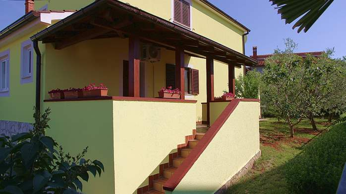 Nice house in Pomer offers accommodation in good apartment, 23