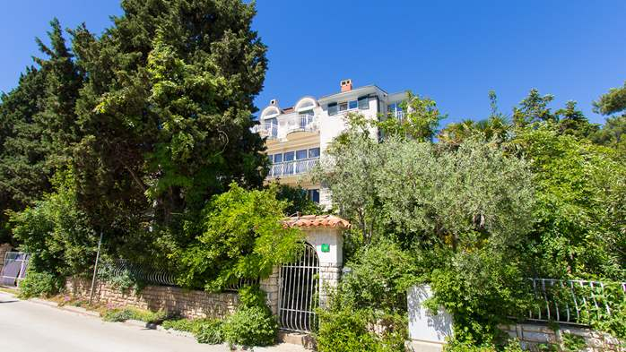 Nice house surrounded by greenery offers accommodation in Pula, 19
