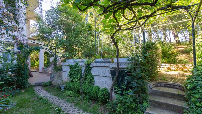 Nice house surrounded by greenery offers accommodation in Pula, 18