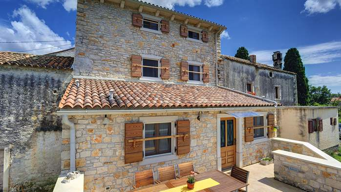 Traditional istrian stone villa with private pool and terrace, 14