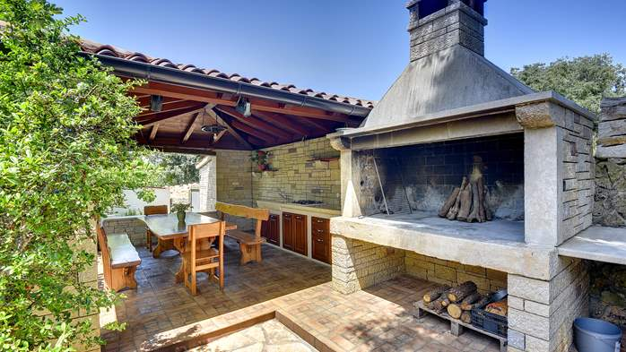 Traditional istrian stone villa with private pool and garden, 10