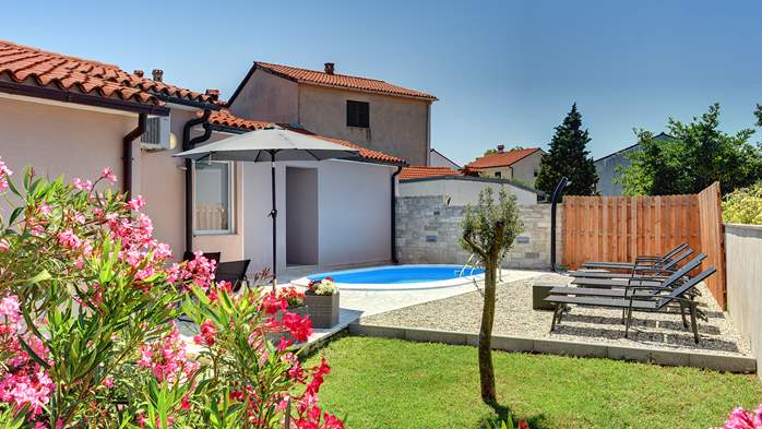Nice and comfortable holiday home with private pool in Štinjan, 3