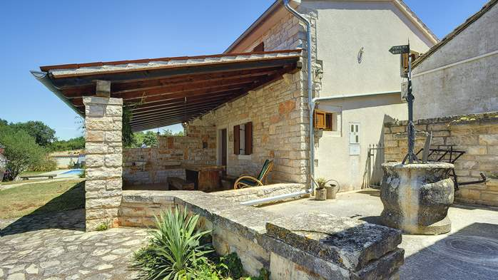 Villa with private pool, decorated in traditional Istrian style, 9