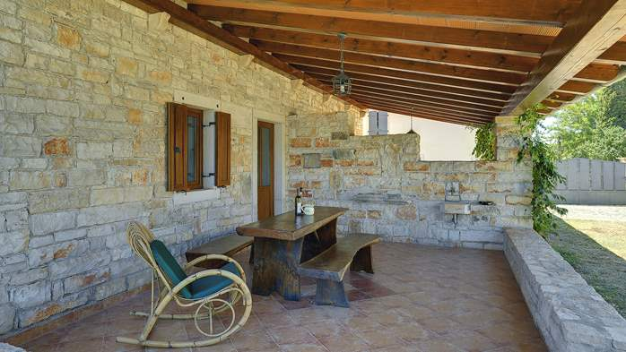 Villa with private pool, decorated in traditional Istrian style, 16