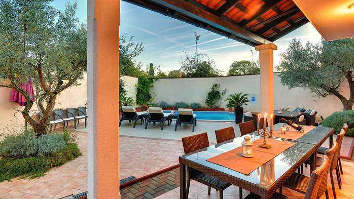 Luxury villa with heated pool, Wi-fi and ping-pong, 14