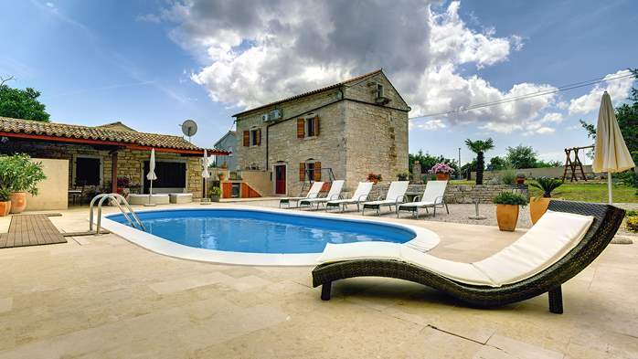 Istrian villa with private pool, playground for kids and barbecue, 5