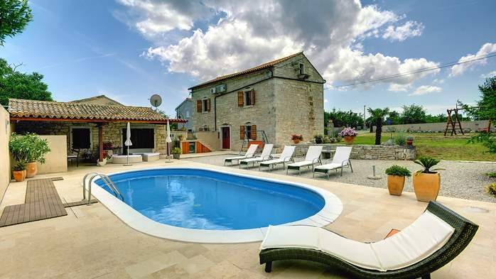 Istrian villa with private pool, playground for kids and barbecue, 3