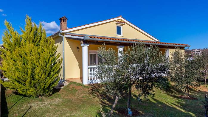 Holiday house in Ližnjan with spacious and charming interior, 3