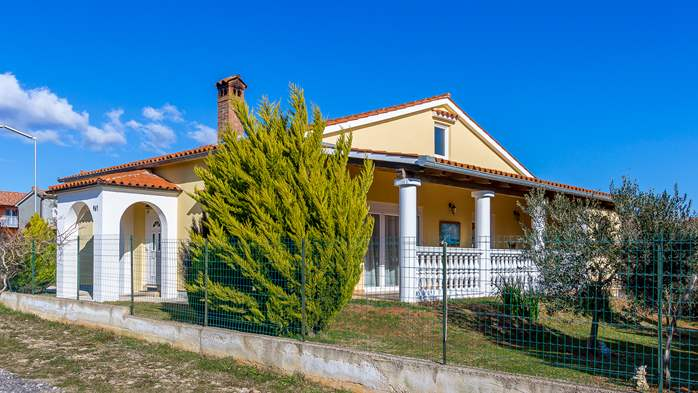 Holiday house in Ližnjan with spacious and charming interior, 2