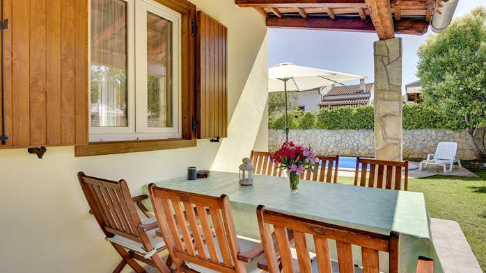 Holiday home with private pool, sun terrace, barbecue in Banjole, 12