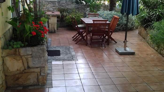 House on two floors in Medulin with private terrace with barbecue, 6