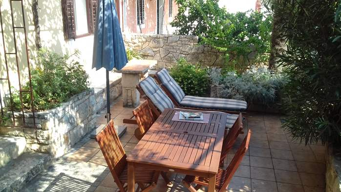House on two floors in Medulin with private terrace with barbecue, 5