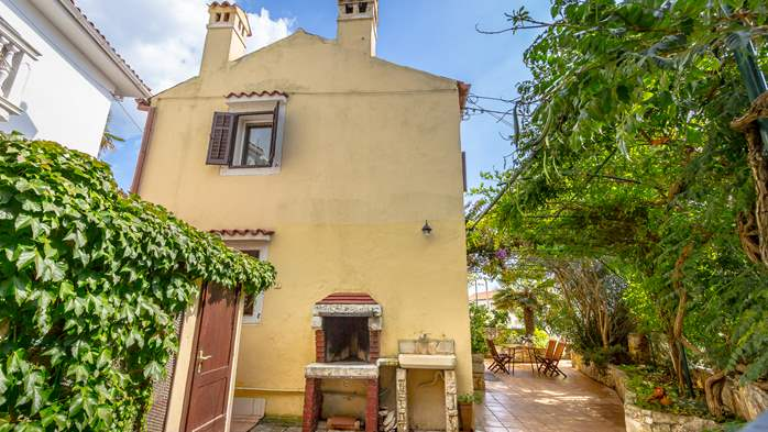 House on two floors in Medulin with private terrace with barbecue, 3