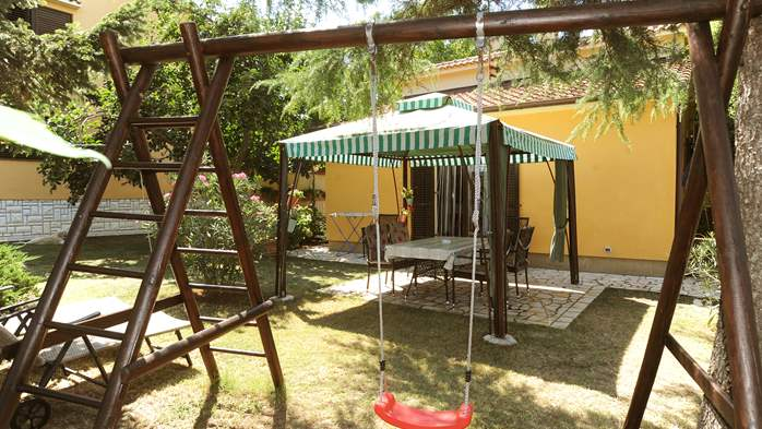 Holiday home in Medulin with private garden and playground, 3