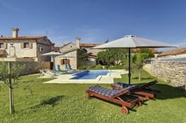 Villa Orbanići