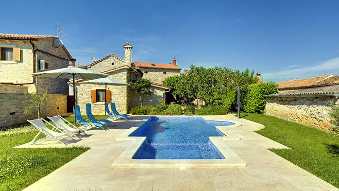 Stone villa with swimming pool, 3 bedrooms, children's playground, 1