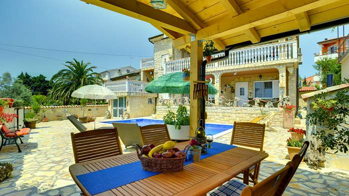 Apartments with heated pool, close to the beach, for adults, 18