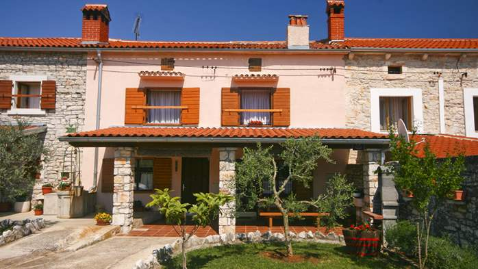 Istrian house in wood and stone on two floors for 4 persons, 2