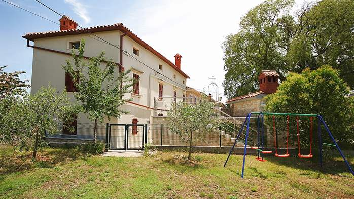 House in Krnica offers apartments for families with modern garden, 28
