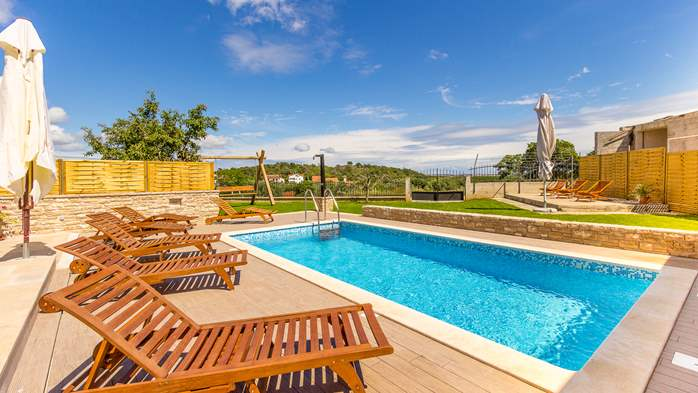Villa with private pool, terrace, for 16 people, in Štinjan, 1