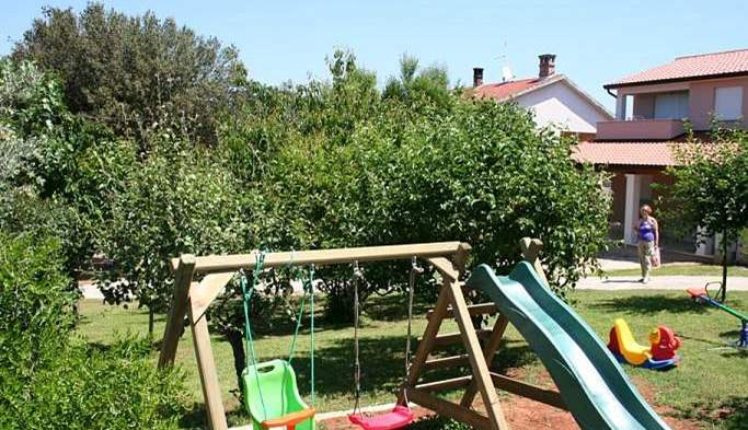Private house on a quiet location in Banjole with playground, 19