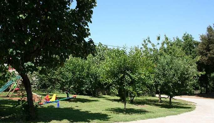 Private house on a quiet location in Banjole with playground, 21